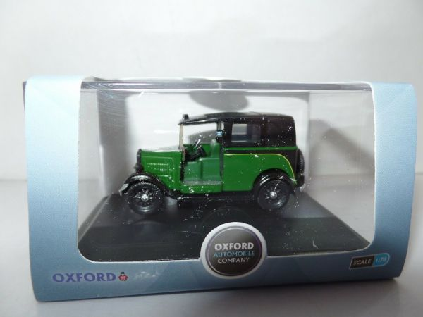 Oxford 76AT005 AT005 1/76 OO Scale Austin Low Load Taxi Cab Taxicab Green